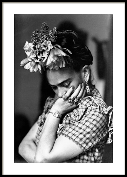 Artist, Frida Kahlo Poster in the group Prints / Iconic photos at Desenio AB (11968)