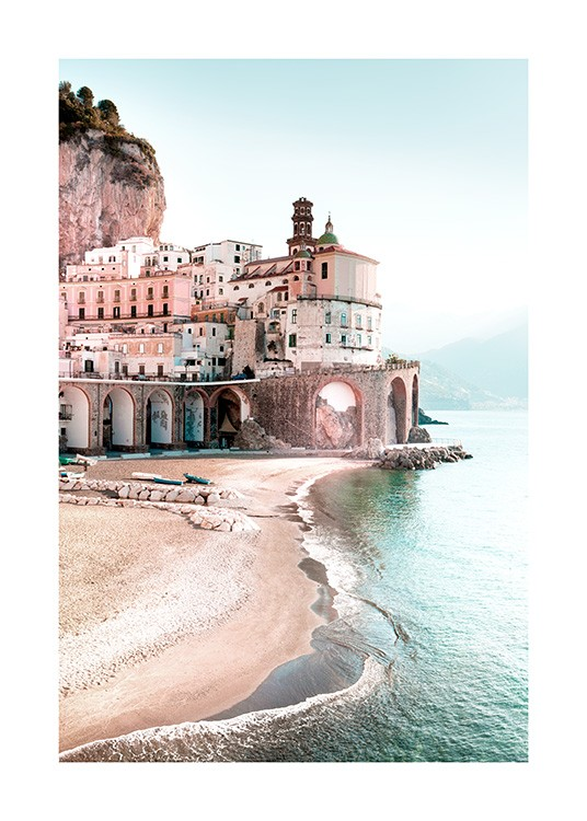 – Town by the sea and sandy beach on the Amalfi Coast in Italy