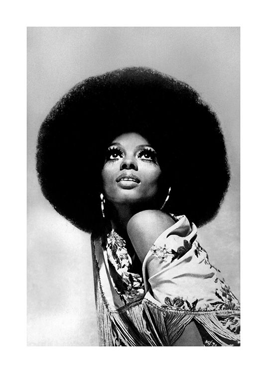 - Black and white photograph of the icon Diana Ross looking up